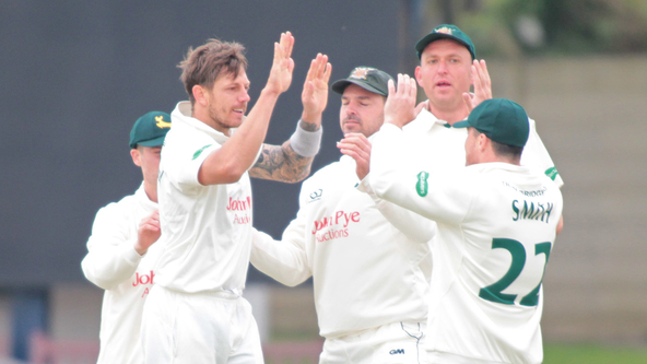 Pattinson, Fletcher Fire Nottinghamshire To Emphatic Ten-Wicket Victory
