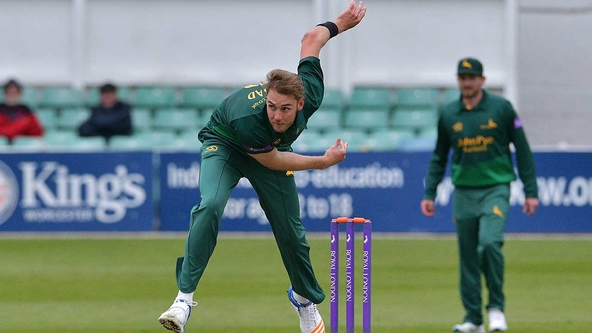 Outlaws Boosted By Availability Of England Trio